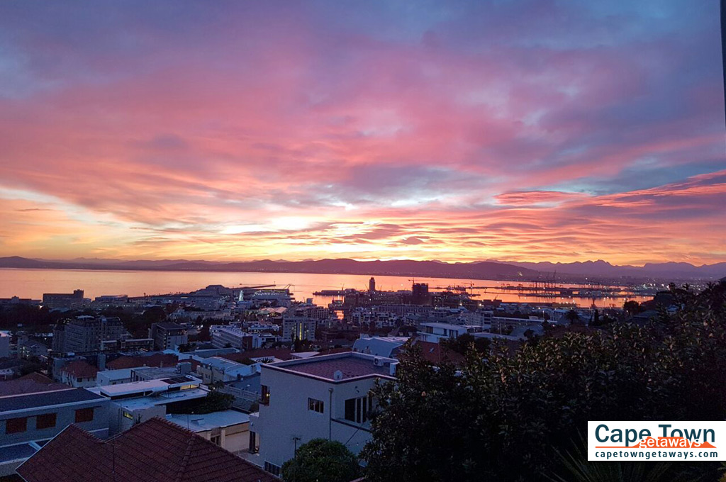 Bluegum Hill Guesthouse Sunset View over Cape Town Harbour