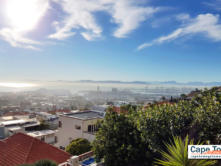 Bluegum Hill Guesthouse View of Cape Town Harbour