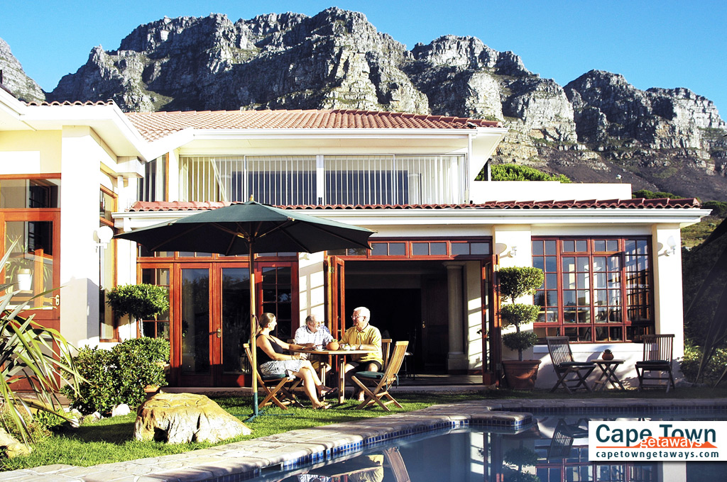 Ambiente Guesthouse Camps Bay Poolside