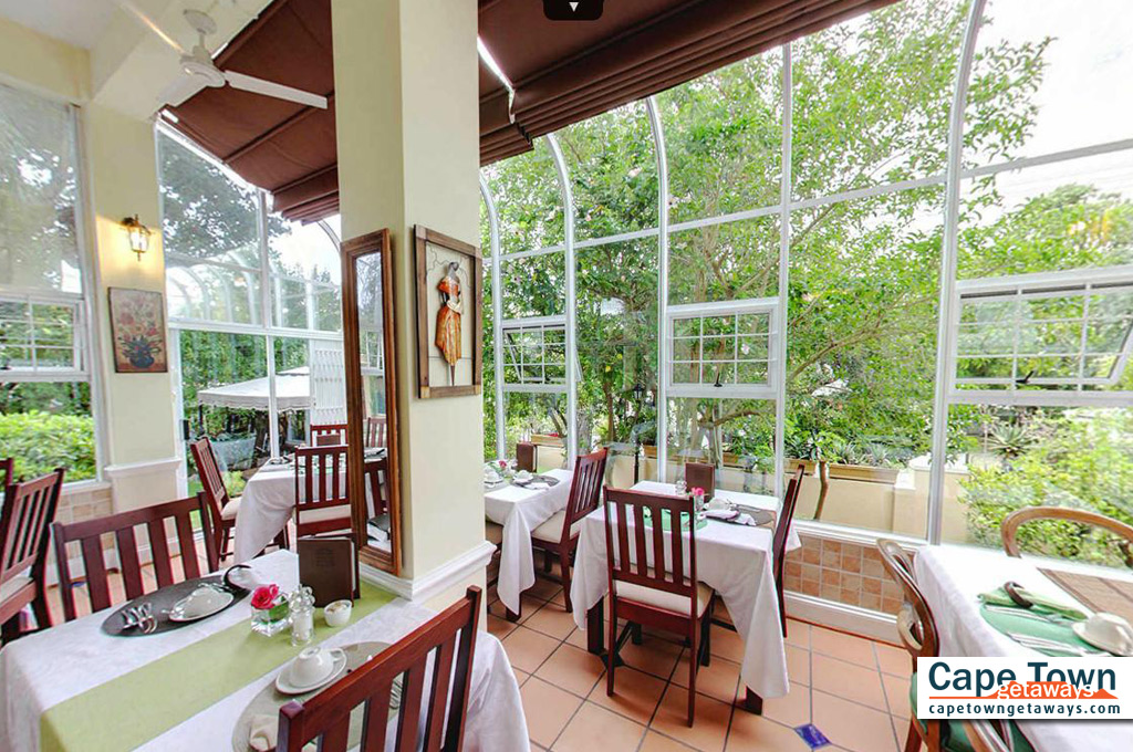 Carmichael Guesthouse Luxury Cape Town Accommodation breakfast area