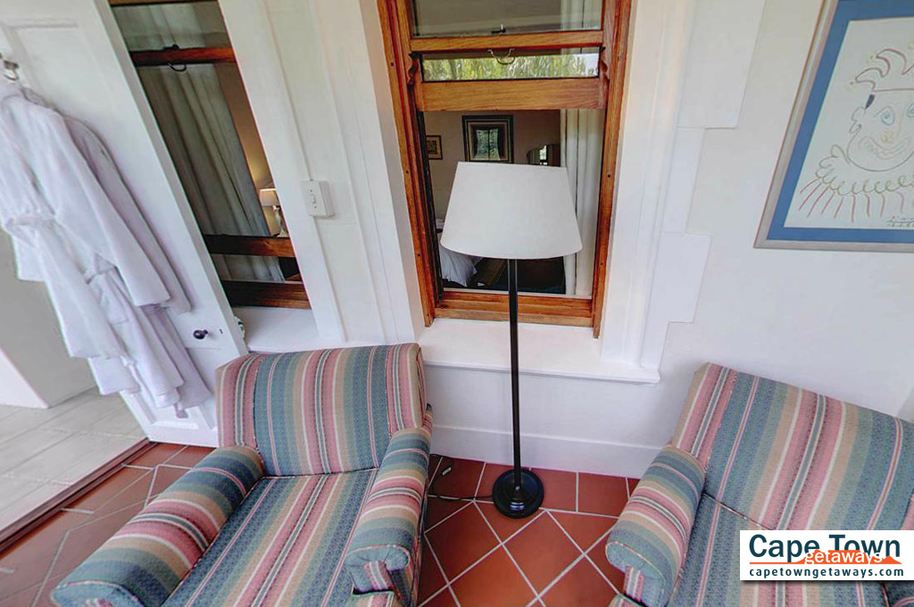 Carmichael Guesthouse Luxury Cape Town Accommodation family suite lounge
