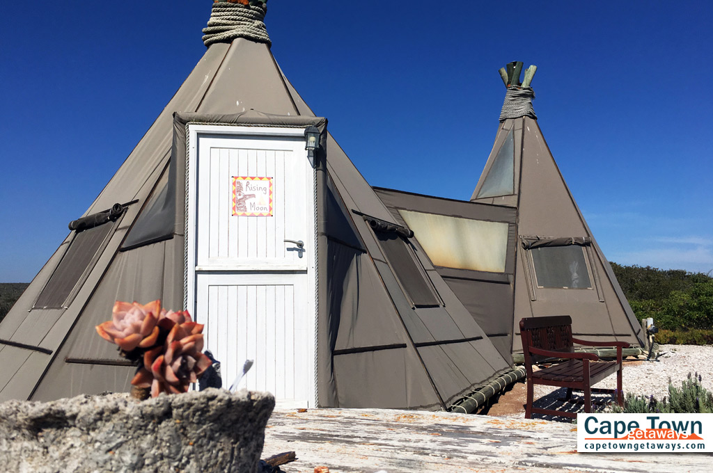 Farr Out Guesthouse Paternoster wigwam rising moon day