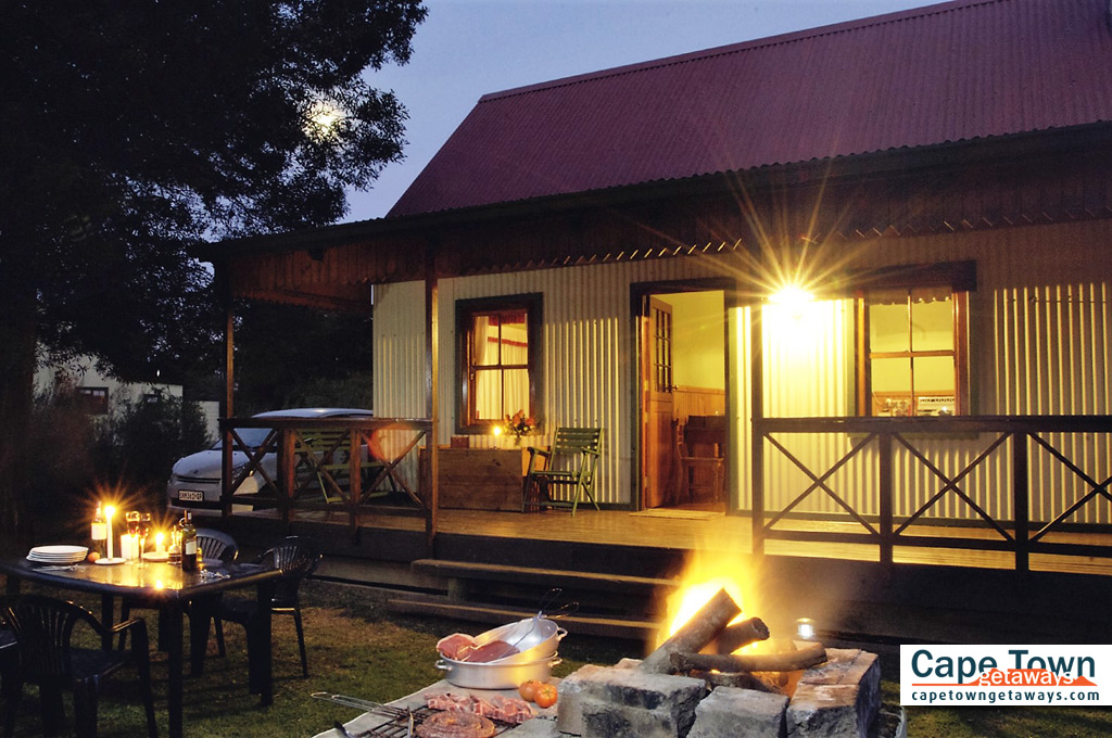 Self-Catering Cottages Knysna Braai Under Full Moon