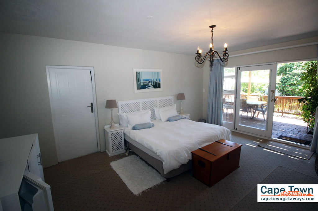 Bed and Breakfast Plettenberg Bay Kind Size