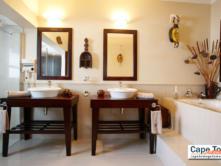 Milkwood Cottage bathroom Wilderness Guest Lodge