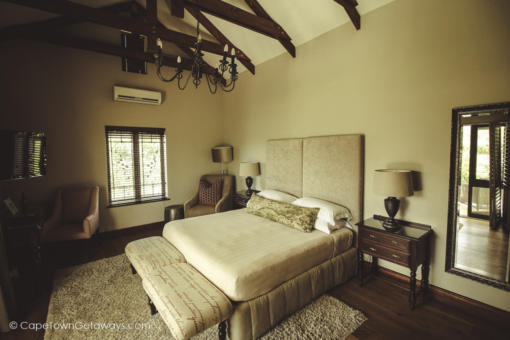 Luxury Rooms at Under Oaks Guest House