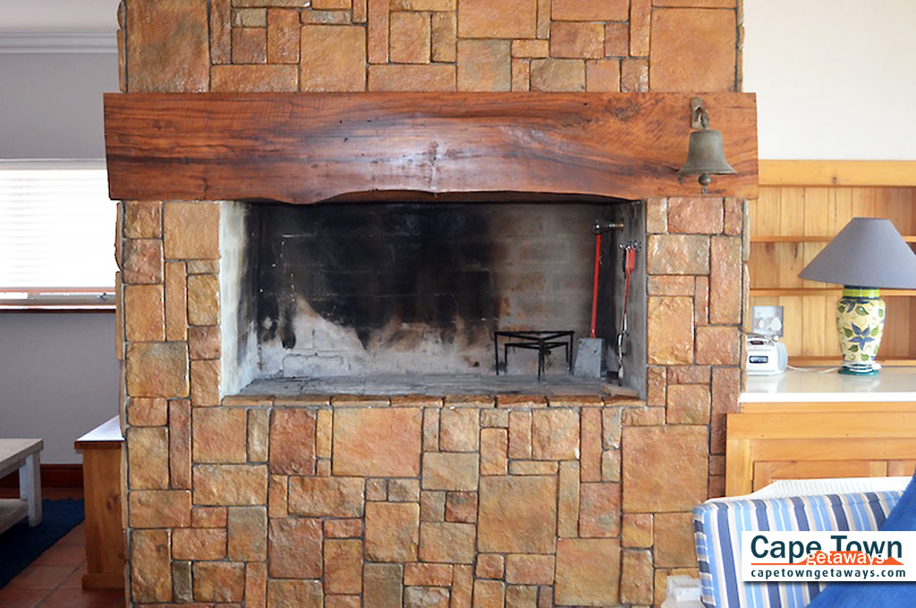 Fireplaces cape town fireplaces for Fireplace prices cape town