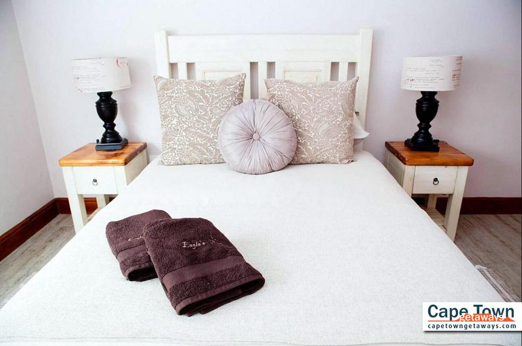 Lamberts Bay Self-Catering Flatlet Bedroom