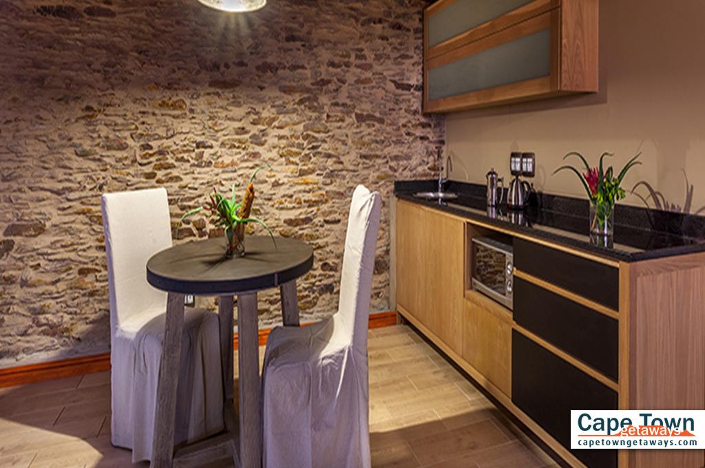 Oudtshoorn Cottage Kitchen