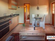 Oudtshoorn Cottage Open-Plan