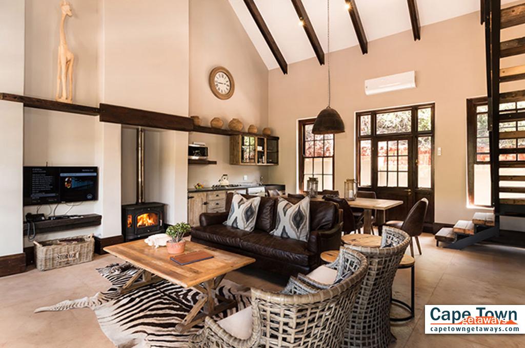 Bush Villa lounge fireplace