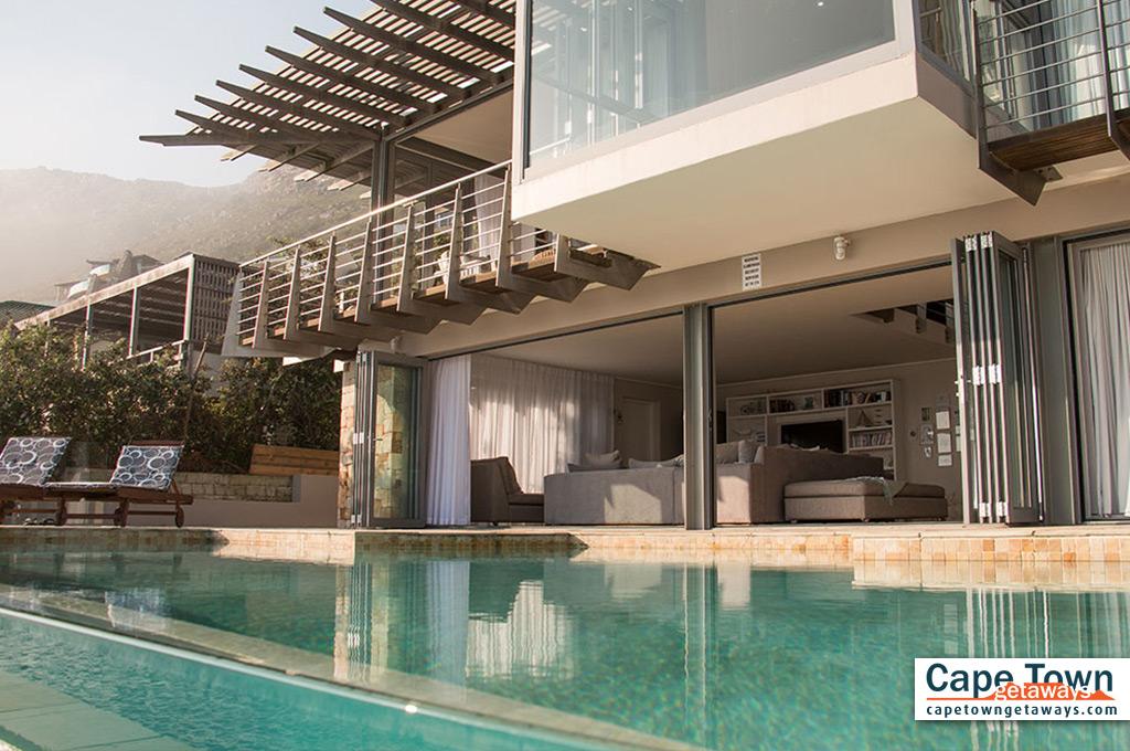 Misty Cliffs Villa Cape Town pool
