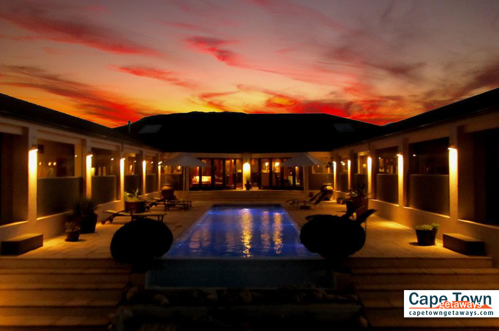Gorgeous sunset views from pool