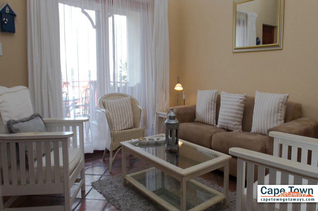 Bay Suite lounge