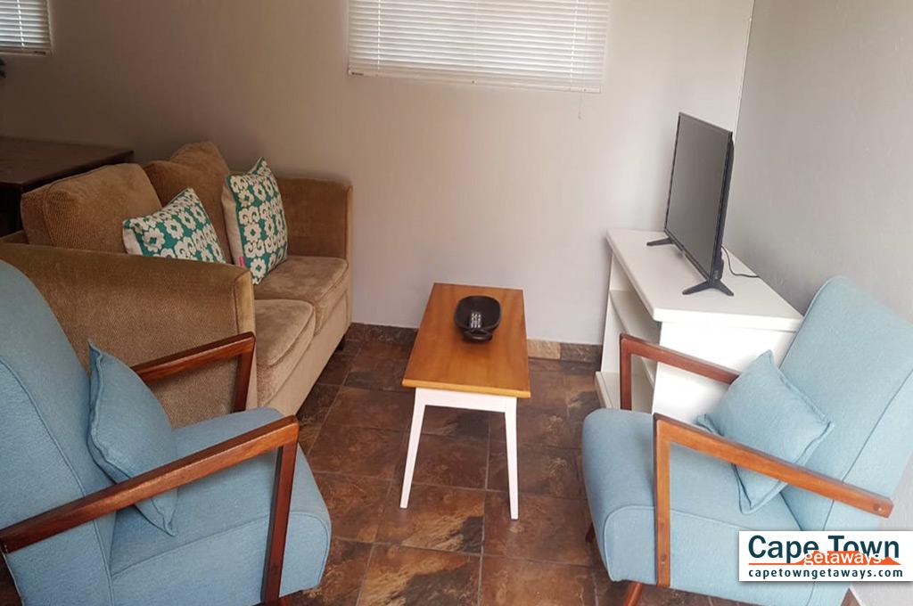 Lounge with plasma TV